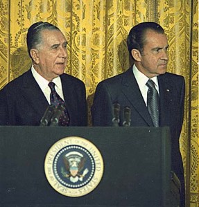 Richard Nixon and Brazilian President Emilio Garrastazú Médici