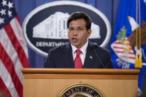 U.S. Attorney General Alberto Gonzales announces his resignation from the Bush administration on Monday, August 27, 2007, in Washington, DC. Photo: Chuck Kennedy- MCT.