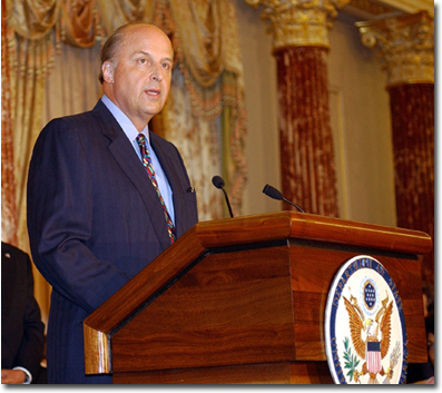 John Negroponte speaks at his swearing in ceremony as new U.S. Ambassador to Iraq on June 23, 2004. (Source: U.S. State Department)